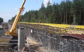 budowa drogi - szalunki